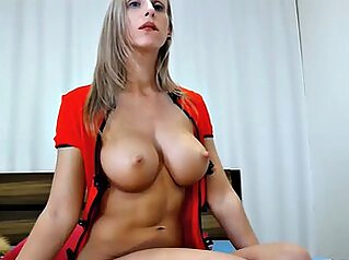 Sexy Blonde MILF Webcam Model With Perfect Body amateur big-tits blonde