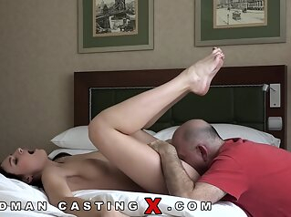Leanne Lace, Audition And Sex brunette casting cunnilingus