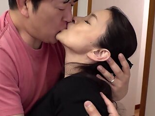 Hot japonese mother in law 139200 amateur japanese mature