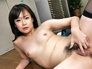 Asuka Kyono Is The New Office Slut - JapanHDV asian fingering japanese